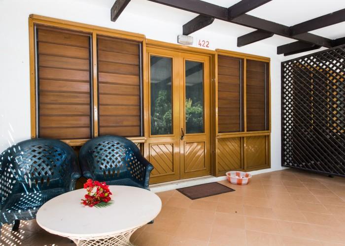 Plantation Island Resort - Accommodation - Poolside Rooms