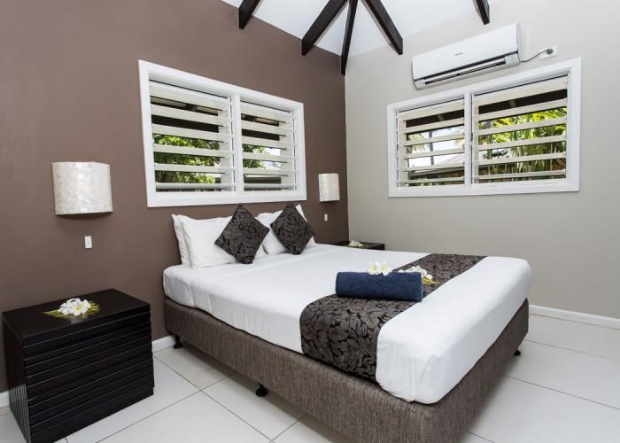 Plantation Island Resort - Accommodation - 2 Bedroom Garden Bure
